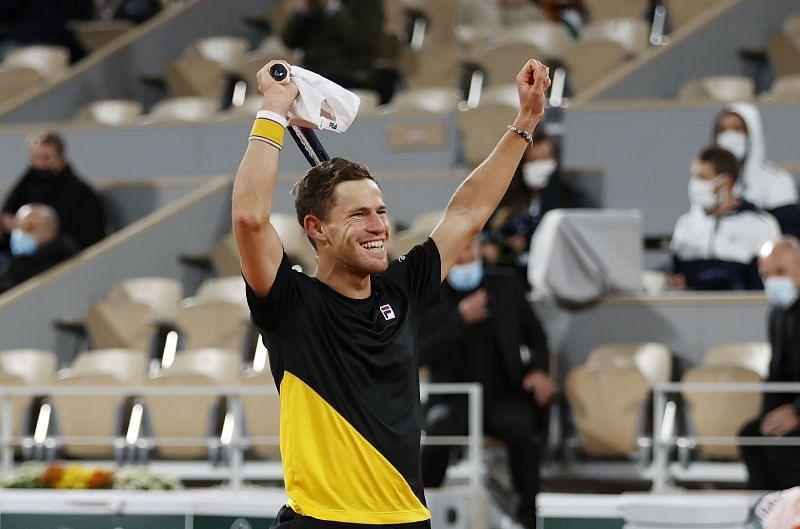 Diego Schwartzman celebrates after beating Dominic Thiem at Roland Garros