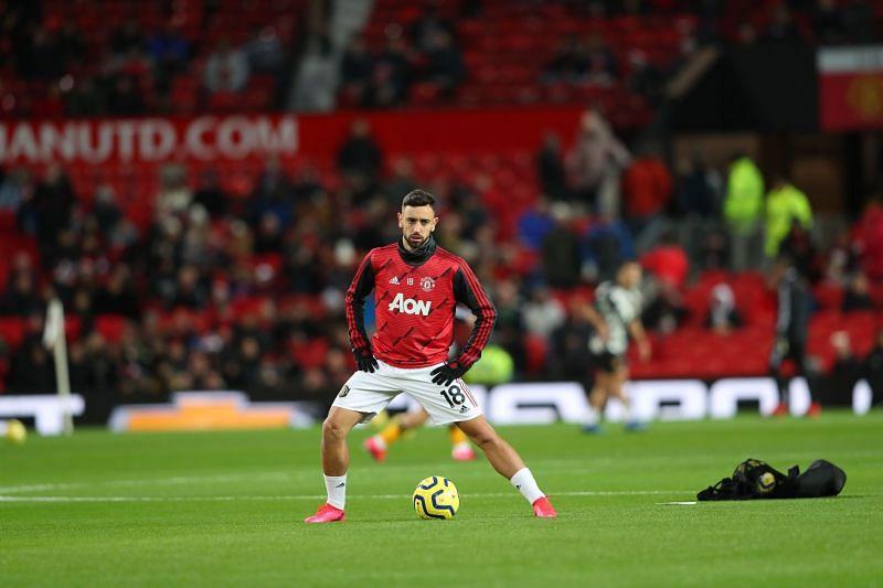 Fernandes prepares to make his Manchester United debut