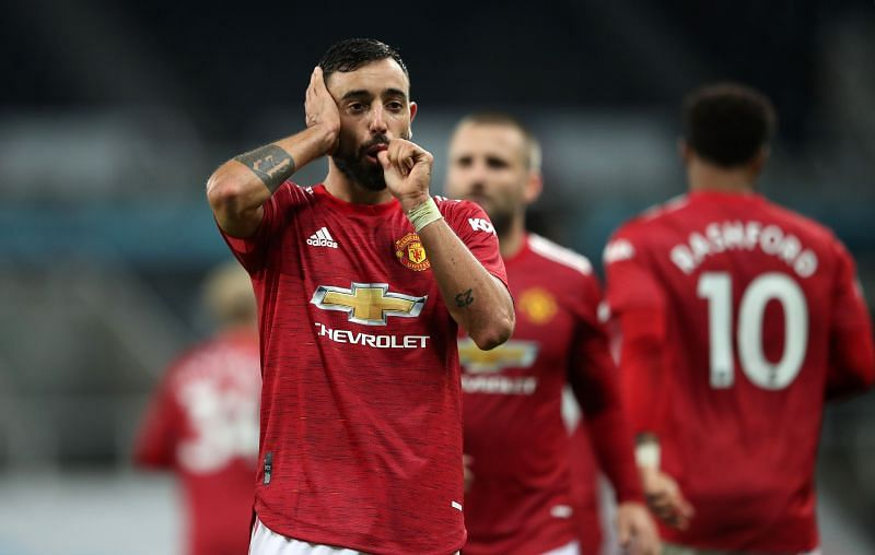 Manchester United News Roundup Bruno Fernandes Names 3 United Players He Loves To Play With Ex Red Devils Coach Names The Player Best Suited To Take Over As Captain Of The Side