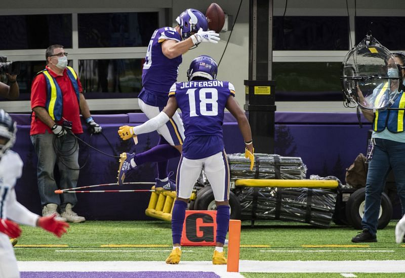 Minnesota Vikings receiver Justin Jefferson(18)