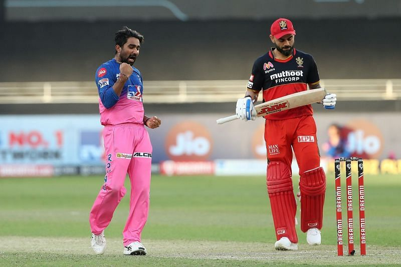 Padikkal and Kohli fell in successive deliveries