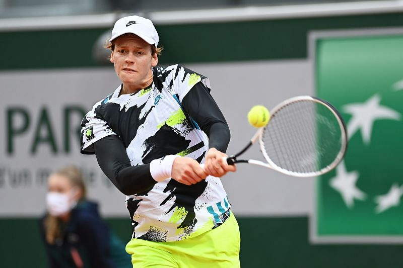 Jannik Sinner will look to make use of his booming groundstrokes to end points quickly.