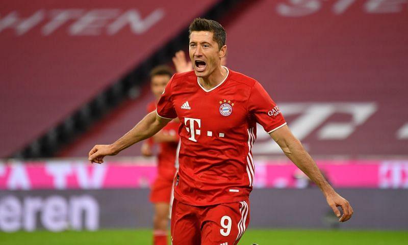 Robert Lewandowski rejoices after scoring against Hertha BSC