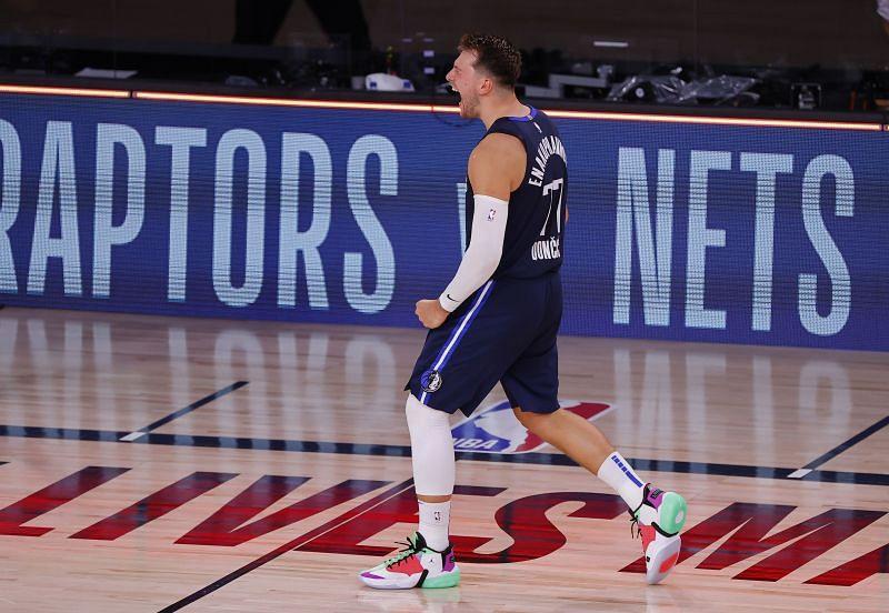 Los Angeles Clippers vs Dallas Mavericks - Game Four