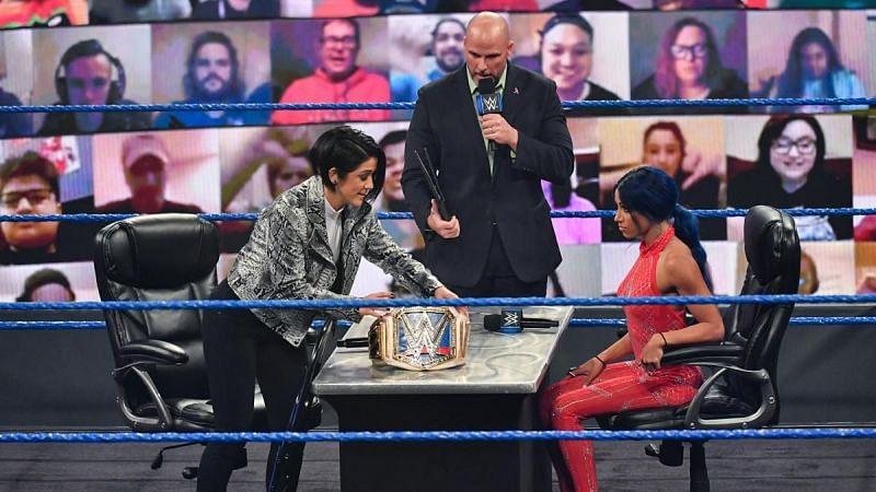 Bayley and Sasha Banks on SmackDown