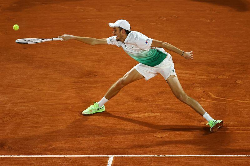 Daniil Medvedev lost in the first round of Roland Garros