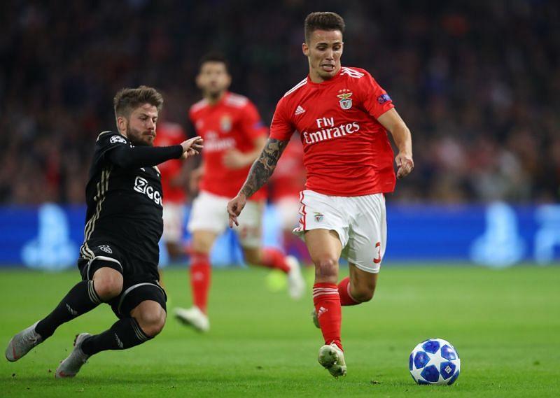 Alex Grimaldo was injured in Benfica