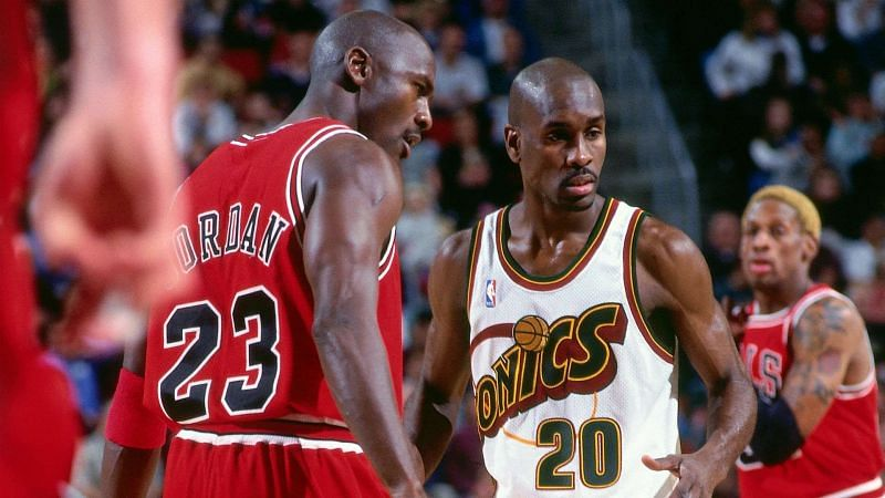 Gary Payton (center) did an excellent job against Michael Jordan in the 1996 NBA Finals.