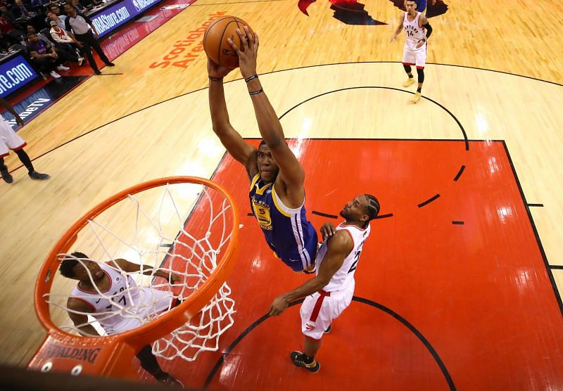 Kevon Looney is a versatile player at the offensive end