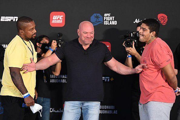 Carlos Felipe (right) got his first UFC win