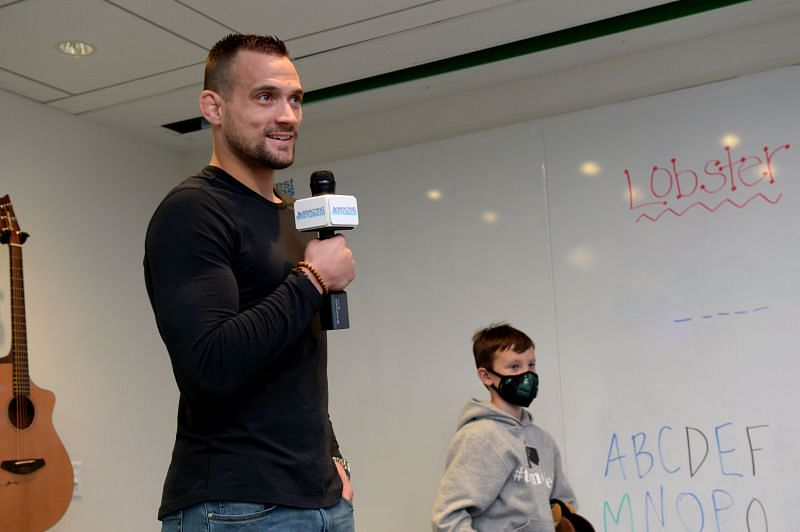 UFC Fighter James Krause Visits Patients At Boston Children