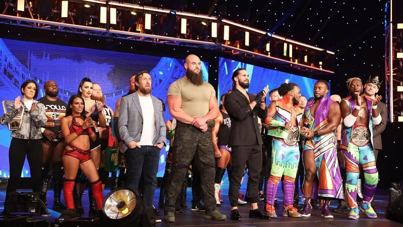 The WWE SmackDown roster before kicking off last week