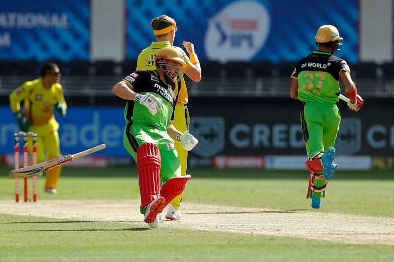 Finch dropped his bat, and yet another opportunity, during his brief innings. [PC: iplt20.com]