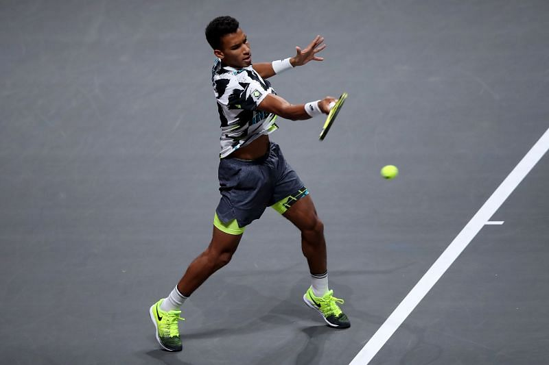 Felix Auger-Aliassime in action during Cologne 1