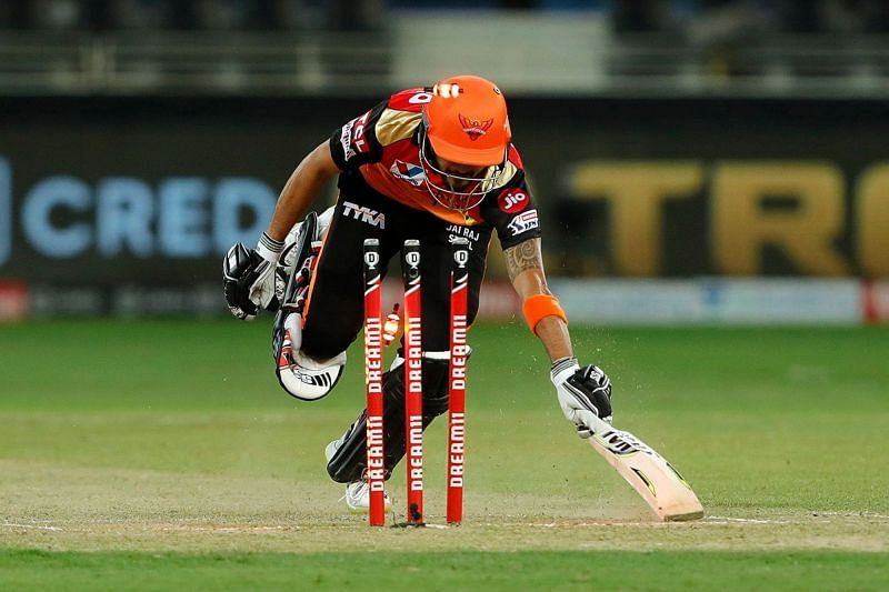 Just like Manish Pandey, SRH made some errors and were caught short. [PC: iplt20.com]
