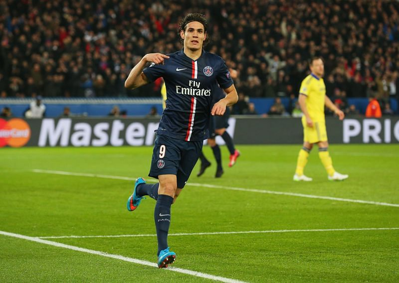 Cavani is reportedly on his way to Manchester United