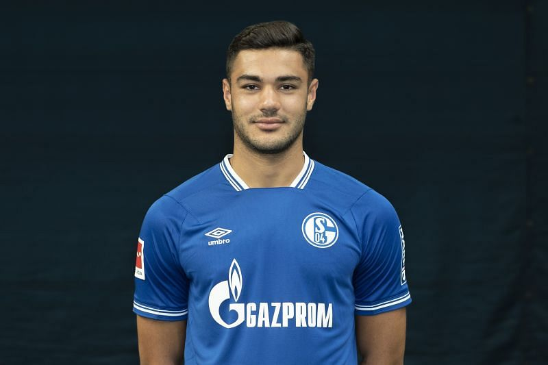 Ozan Kabak of FC Schalke 04