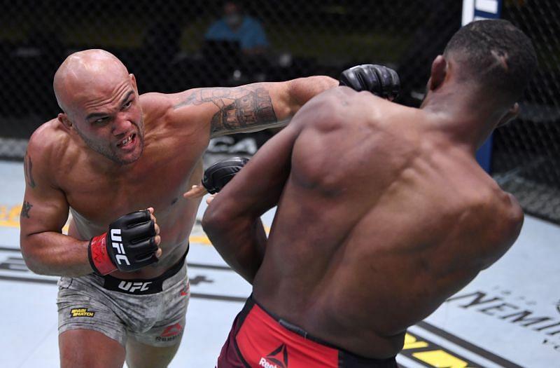 Former UFC welterweight champion Robbie Lawler