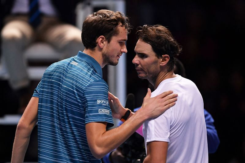 Rafael Nadal (R) and Daniil Medvedev