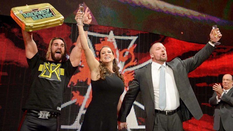 WWE में आखिर एक बार फिर हुई अथॉरिटी की वापसी