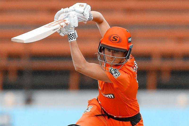 Beth Mooney in action. [perthscorchers.com.au]