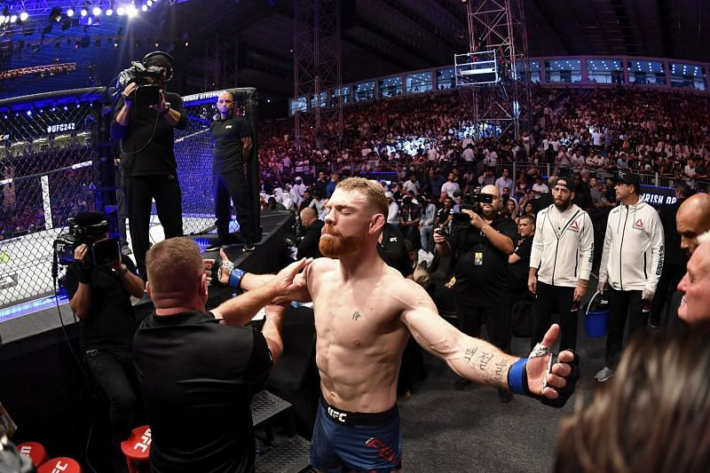 Paul Felder will be returning to the commentary booth three days after his fight against Rafael dos Anjos