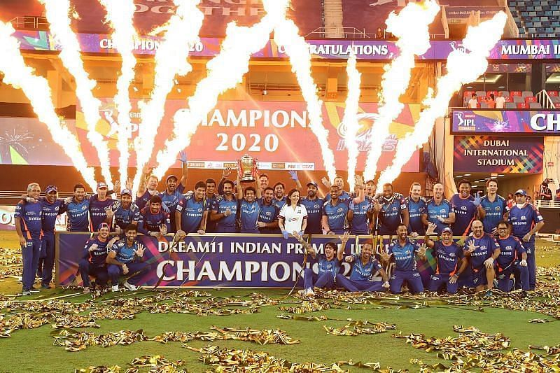 The Mumbai Indians celebrate their victory. (Photo by: Ron Gaunt / Sportzpics for BCCI)