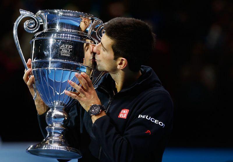 Novak Djokovic with the Barclays ATP World Tour No. 1 Award in 2014