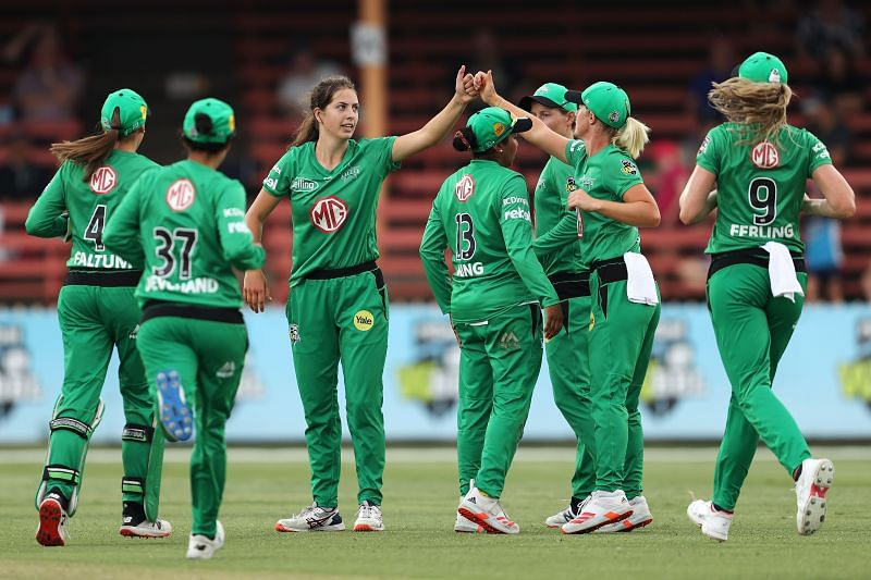 Melbourne Stars in action in the 2020 WBBL