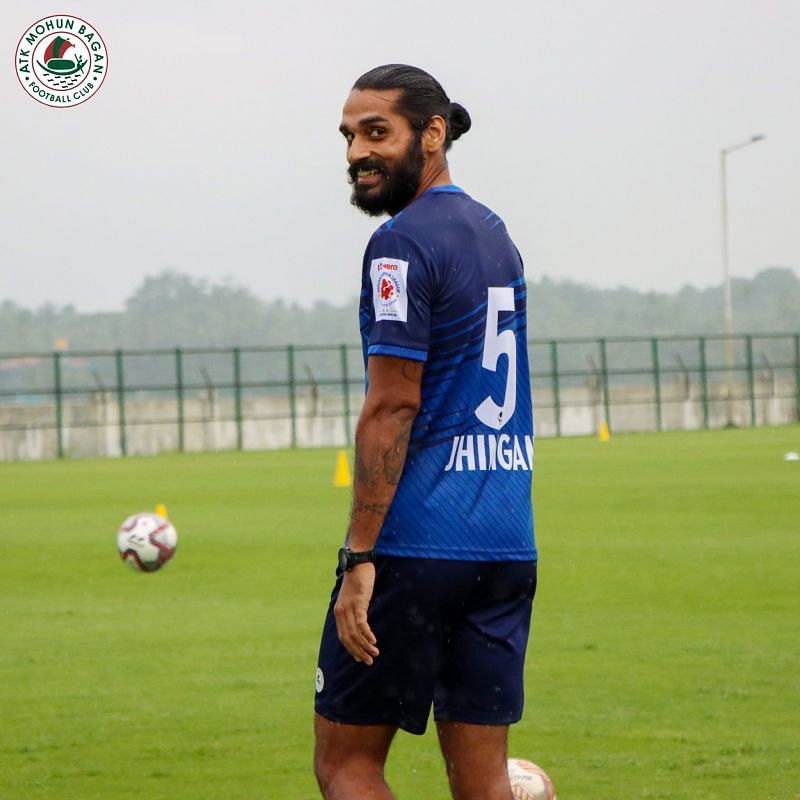 Sandesh Jhingan during a training session. (Image Courtesy: Twitter/@atkmohunbaganfc)