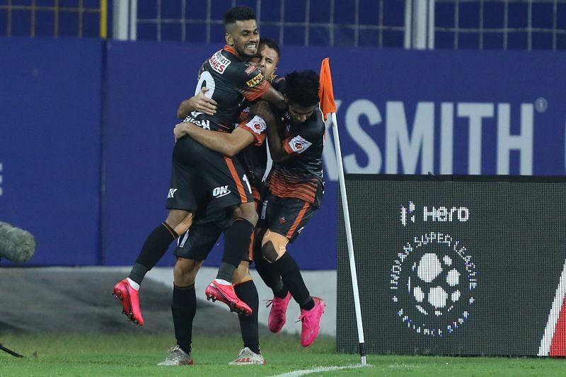FC Goa celebrate after Igor Angulo