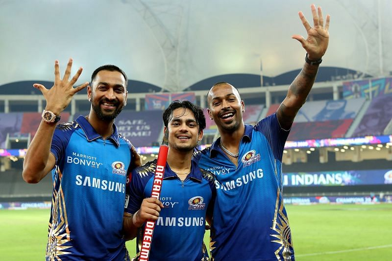 Ishan Kishan (centre) with the Pandya brothers after helping MI win their 5th IPL title (Credits: IPLT20.com)