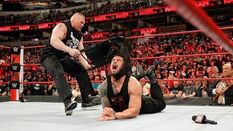 WWE सुपरस्टार ब्रॉक लैसनर और रोमन रेंस
