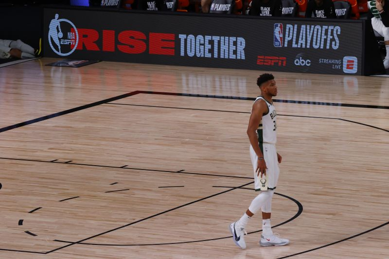 Orlando Magic vs Milwaukee Bucks - Game Five
