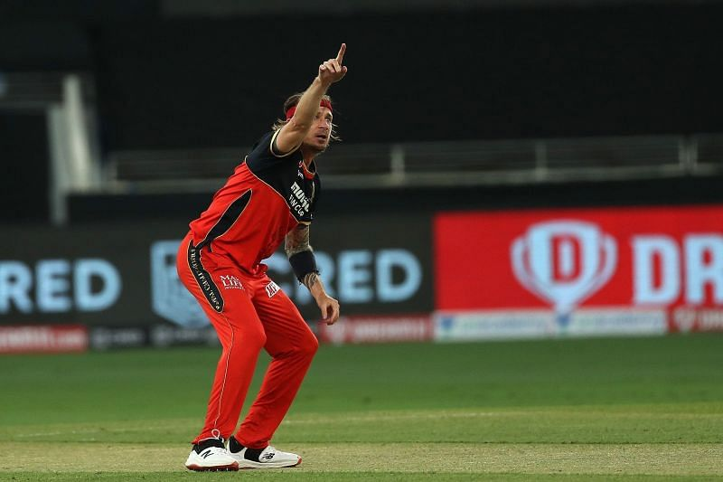 A mauling against KXIP spelt the end for Dale Steyn this season. [PC: iplt20.com]