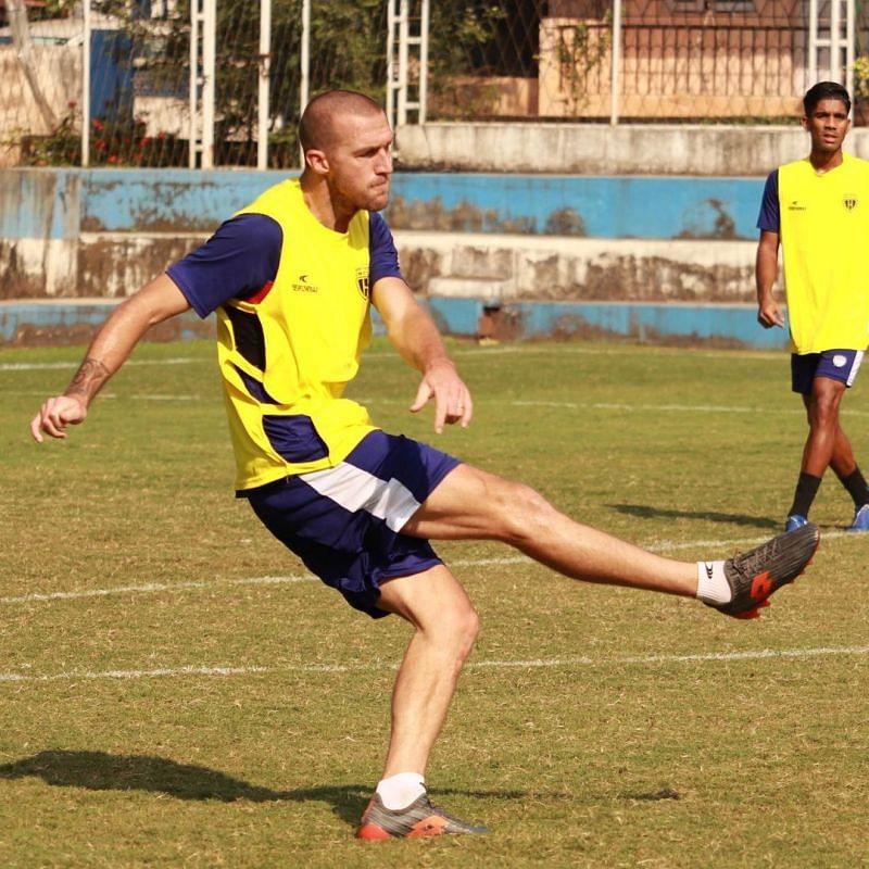 Benjamin Lambot trains for NorthEast United FC (Credits : Instagram)
