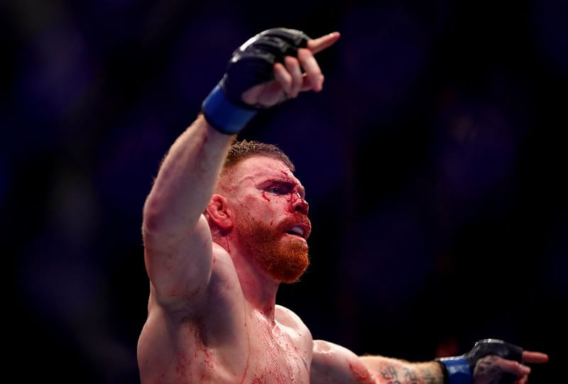Paul Felder gets emotional taking about his late dad