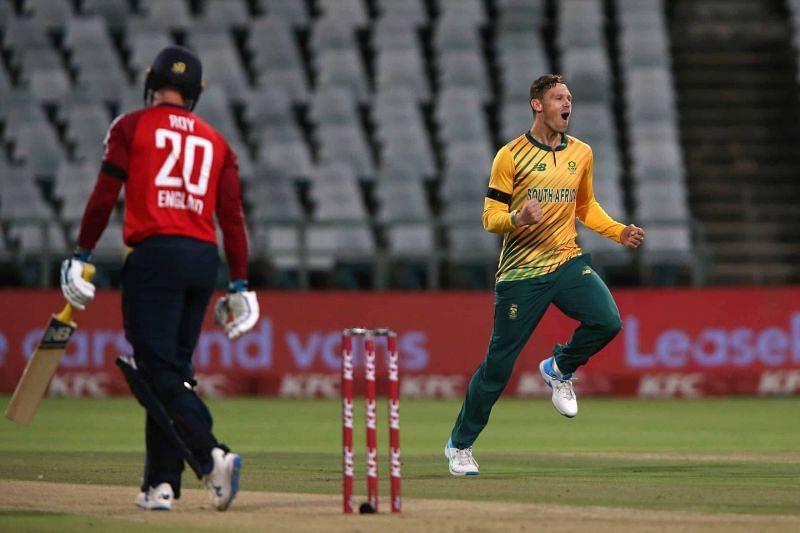 George Linde(R) impressed on his T20I debut.