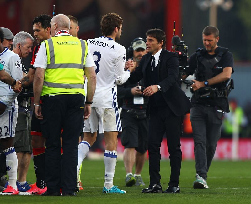 Alonso and Conte shared a great relationship at Stamford Bridge