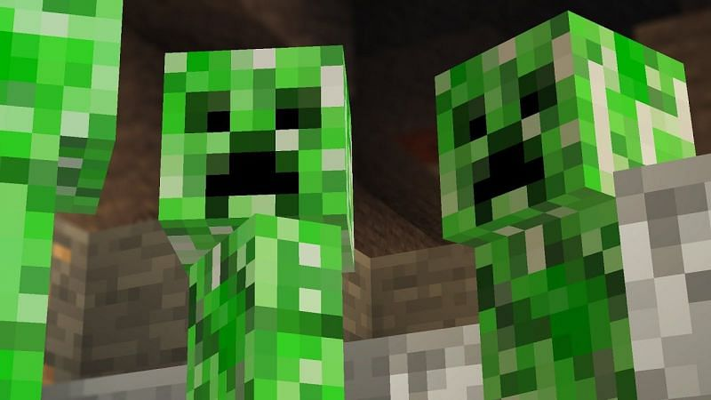 Creepers are an absolute menace to everyone in the Minecraft community (Image via Logdotzip)
