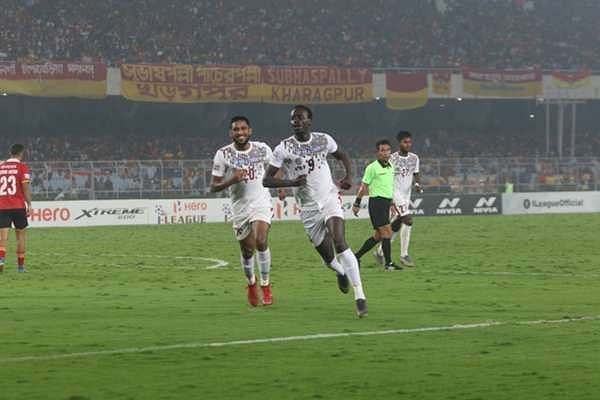 Mohun Bagan claimed a 2-1 victory