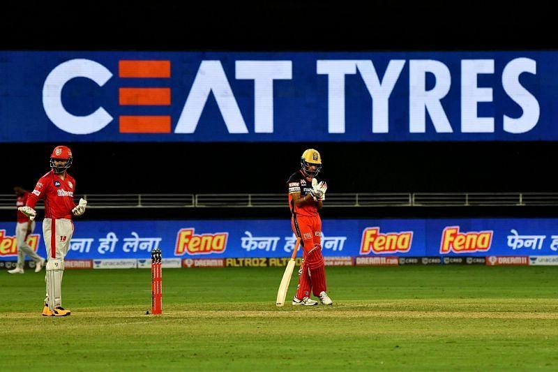 Navdeep Saini batting for RCB in match 6 of IPL 2020.