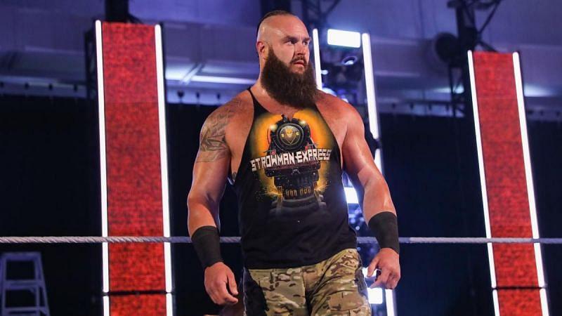Braun Strowman vs. Bray Wyatt -- Universal Title Match: photos | WWE