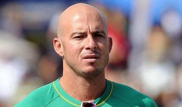 Herschelle Gibbs has been appointed the head coach of the Colombo Kings.