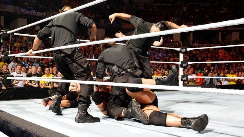 रोमन रेंस ने Survivor Series के जरिए ही WWE मेन रोस्टर में डेब्यू किया था