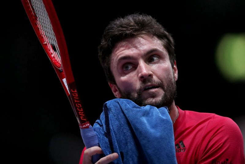 Gilles Simon should win this contest