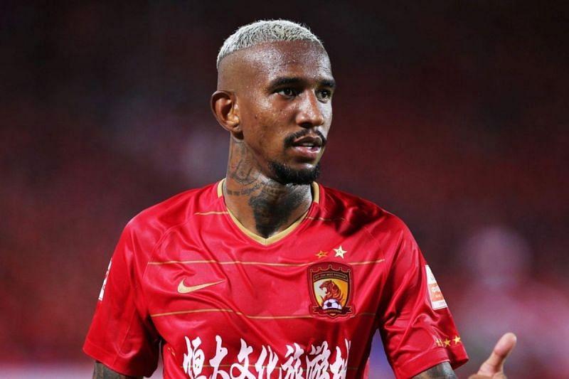 Guangzhou Evergrande will hope to return to winning ways when they take on Vissel Kobe
