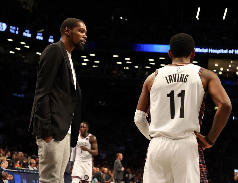 Kevin Durant (left) and Kyrie Irving (right)