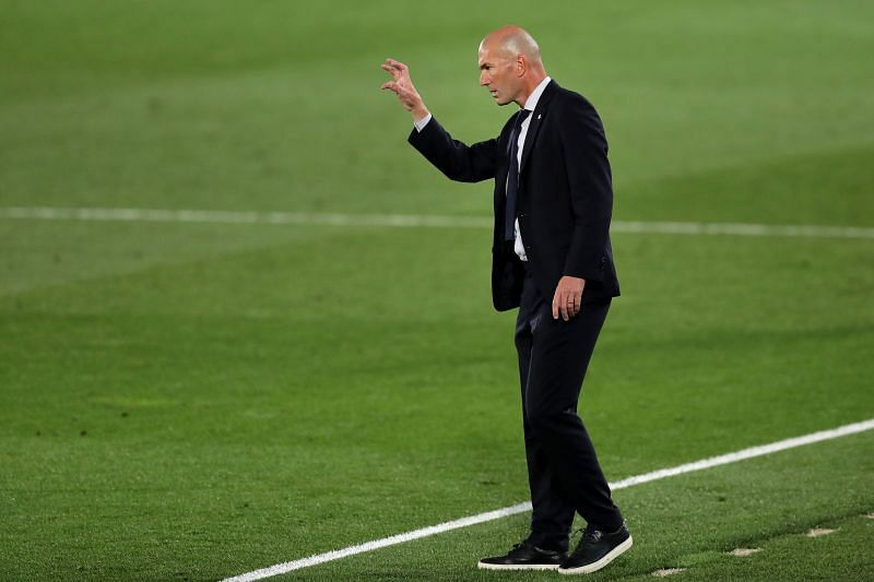 Zinedine Zidane has been offered an additional defensive option