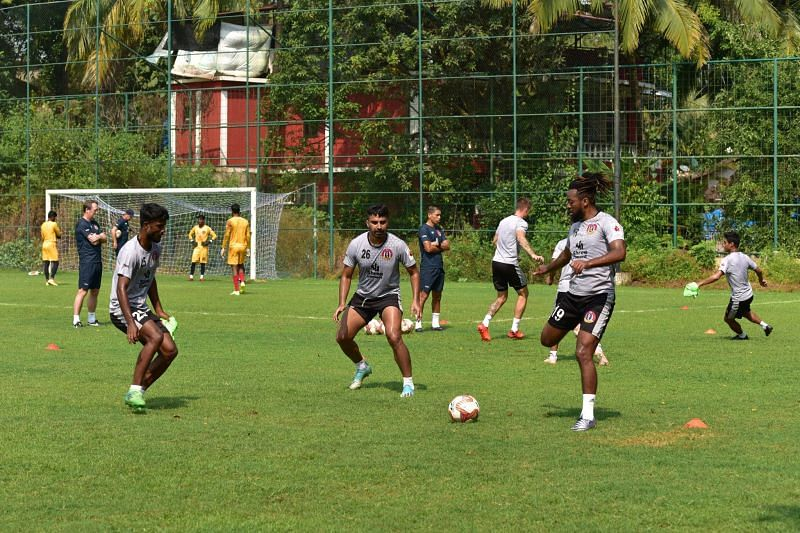 SC East Bengal players during a training session (Image credits: SC East Bengal Twitter)